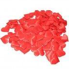 Små røde stof hjerter