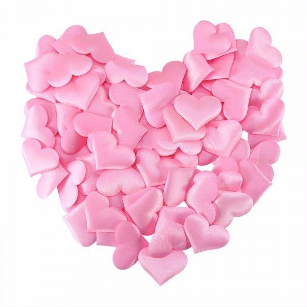 Små lyserøde stof hjerter