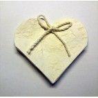 Hjerte i hvid karton